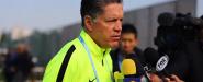 Ricardo Peláez atiende a los medios en Japón